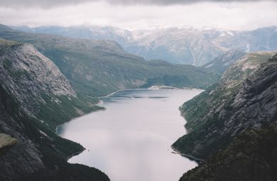 trolltunga en norvege